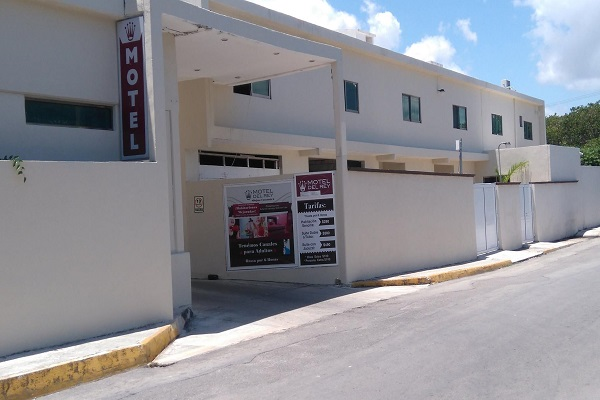 motel del rey cancun